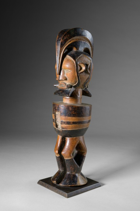 156_Teke, Janus statue1