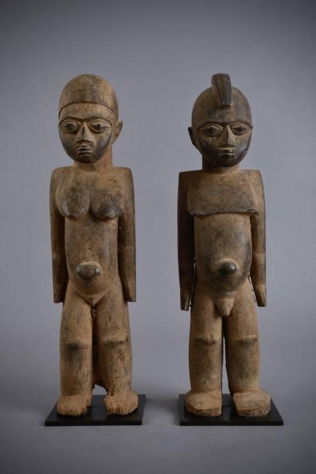 Lobi, Statue of a couple