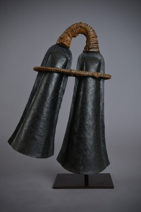 Teke, Double bell in iron and wicker