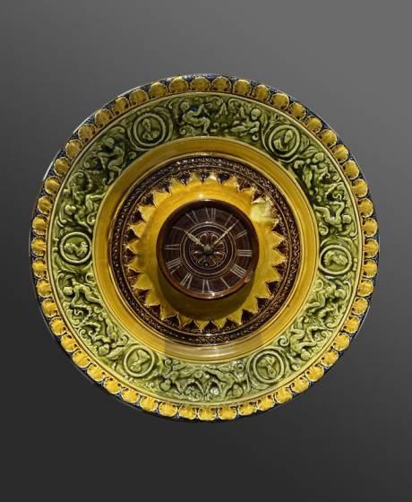 277_Hippolyte Boulenger - Choisy-le-roi, Barbotine Faisant Horloge