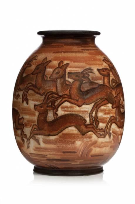 Manufacture de Sèvres, Vase ovoïde à col resserré.
