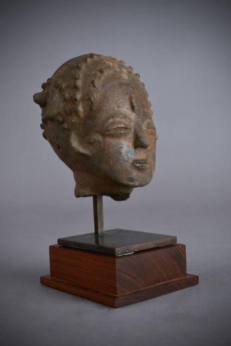 Akan, commemorative head