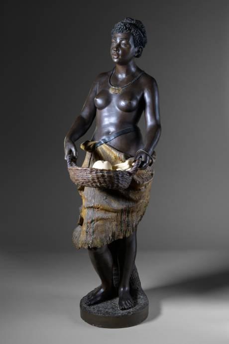 Goldsheider (manuf.), femme africaine au panier.