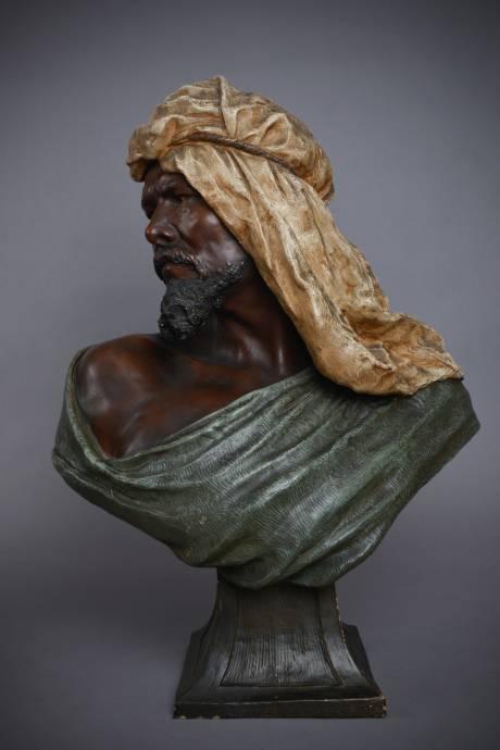Galerie Origines - Arles - Goldscheider - Rudholf Thiele - Bust of Berber man in polychrome terracotta